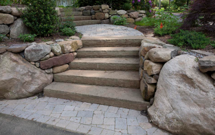 stone steps installed by our team of contractors in Salinas California